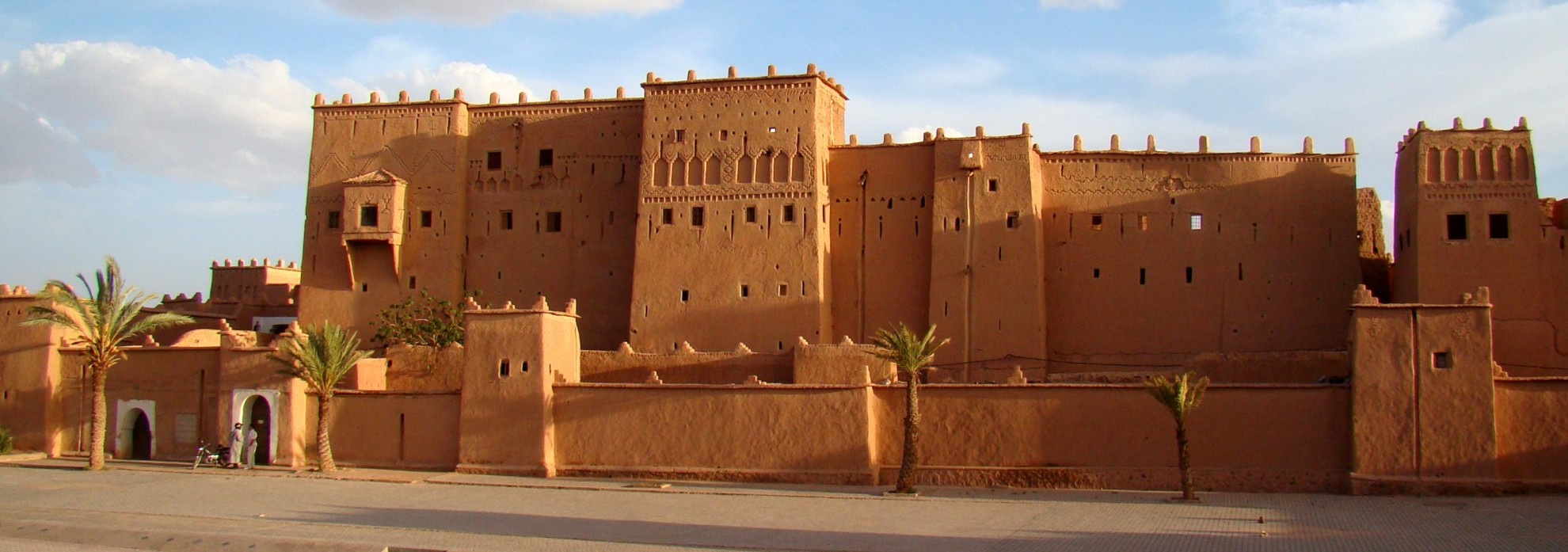Kasbah_Taourirt_in_Ouarzazate_2011-e1411913988926