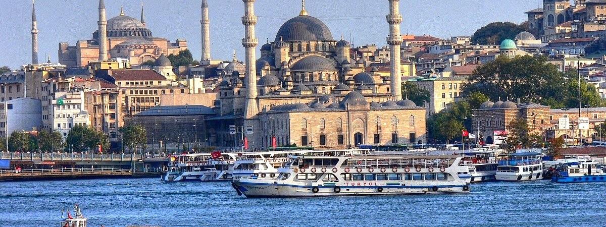 IST1_2_Blue_mosqueIstanbul-e1412162574866