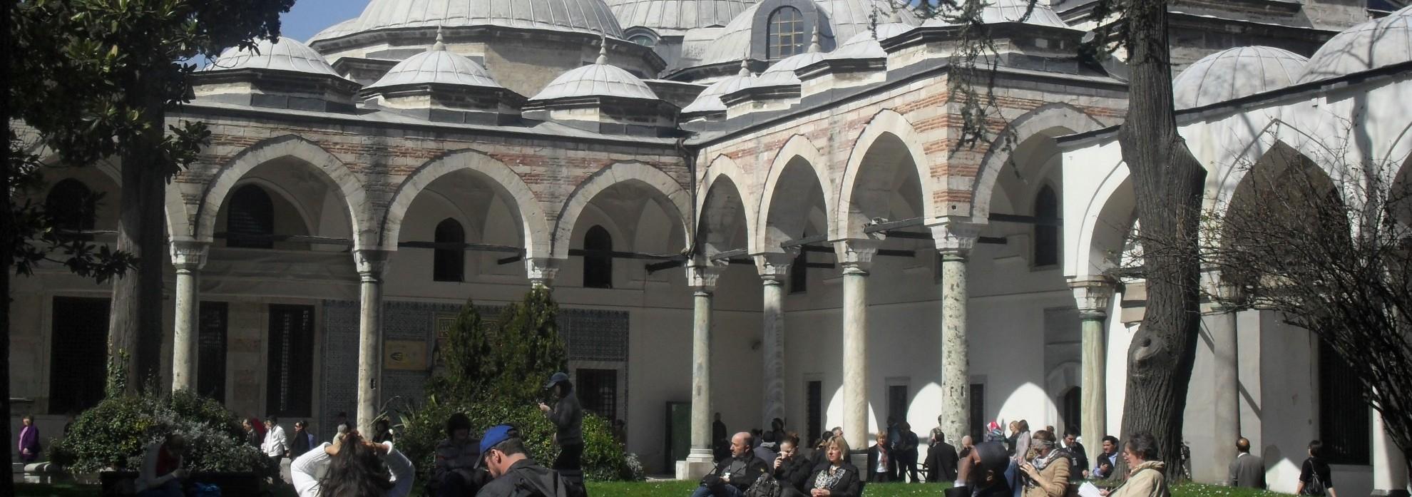 topkapi-palace-istanbul-8-e1412160578177